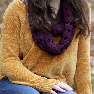 Cashmere mustard sweater